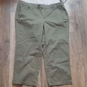 Style & Co womens capris New Olive Olive Sprig